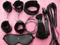 Negro 7 unids Set Sexo Vendaje de La Mano Puños Flirt Juguetes Juegos Para Adultos Látigo, Juguete del sexo, Productos del sexo Doble pu Con la Felpa