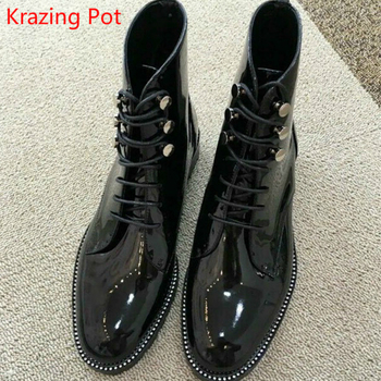 2019 Genuine Leather Thick Heel Round Toe Lace Up Winter Boots Superstar Luxury Punk Rock Metal Rivets Fasteners Ankle Boots L99