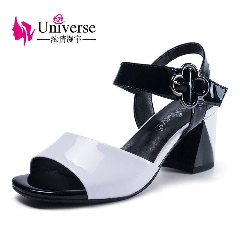 Univers chaussures en cuir verni fleur décontracté sandales femmes talon chunky chaussures dames d'été chaussures pour femmes H111