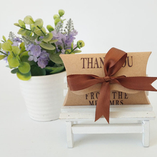 50pcs Retro Kraft Paper Pillow Shape Favor Candy Box Bag With Ribbon Wedding Gift Boxes Birthday Party Decoration