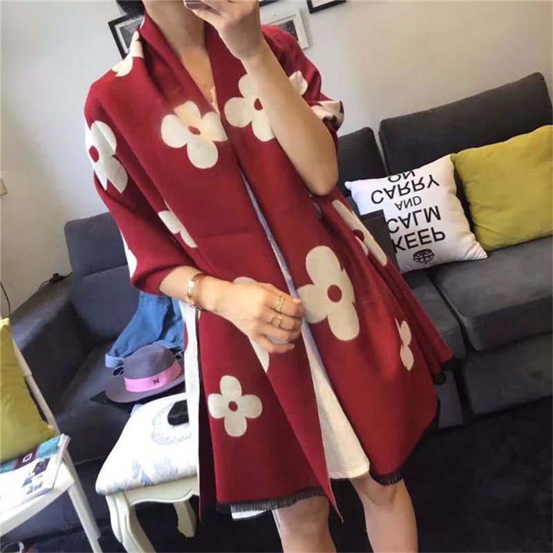 Winter New Luxury Brand Flowers Imitation Cashmere Women Scarf Small Tasselswarm Lady On Both Sides With a British Shawl