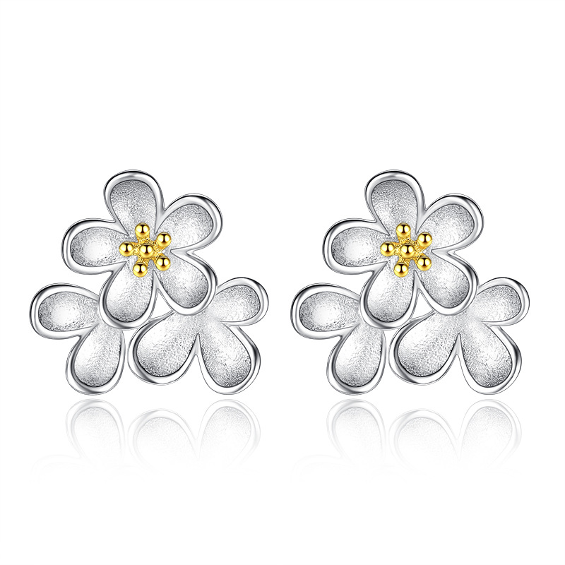 Promotion 30% silver plated fashion sunflower ladies`stud earrings jewelry Anti allergy women female drop shipping