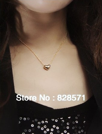 Free Shipping Stylish and Elegant Short Sweet Heart of Love 2013 Fashion Necklace Collarbone Chain Women Sweater Chain-NA0001