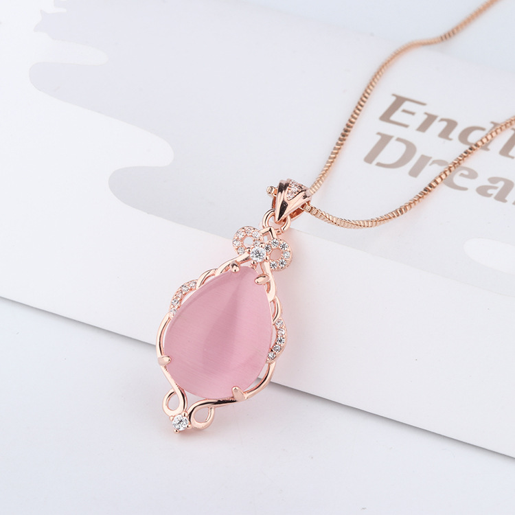Korean version 14K Rose Gold Necklaces Natural stone pink Crystal ross quartz pendant Rose Gold clavicle chain Jewelry for women