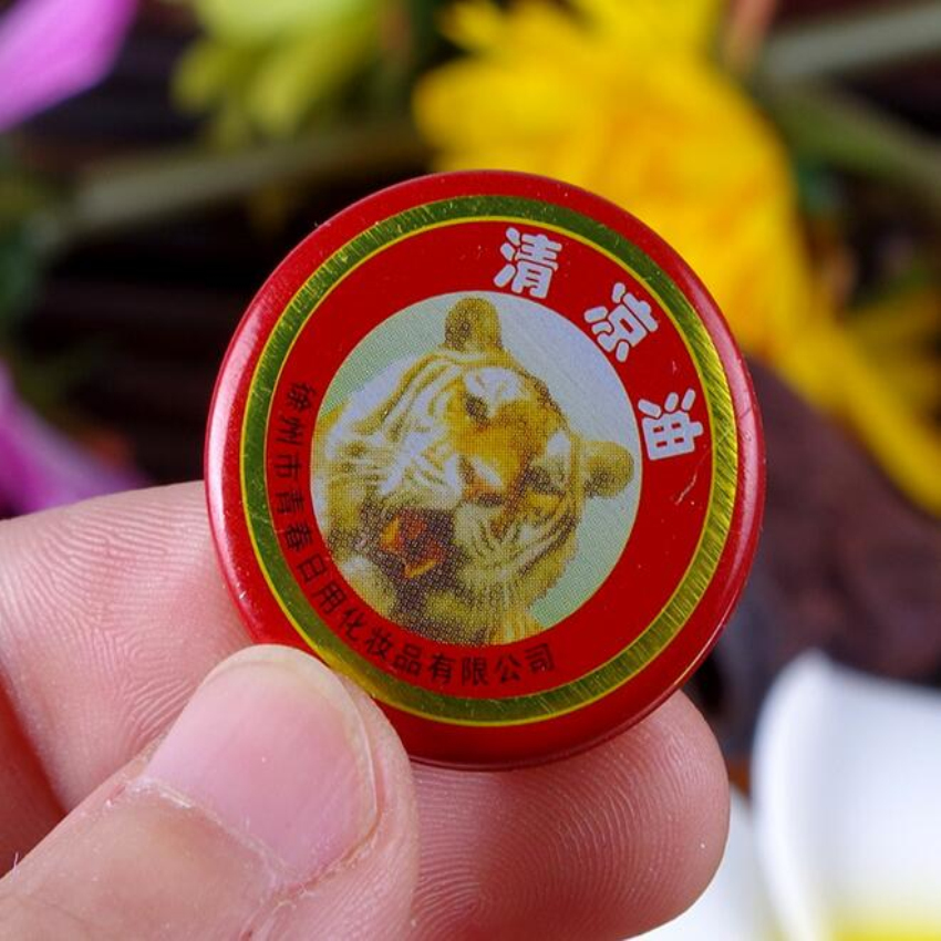 20pcs/lot tiger balm massager Relax Essential Oil cooling Chinese Refreshing Ointment Cold Dizziness Prevent Mosquito Bites 3g #