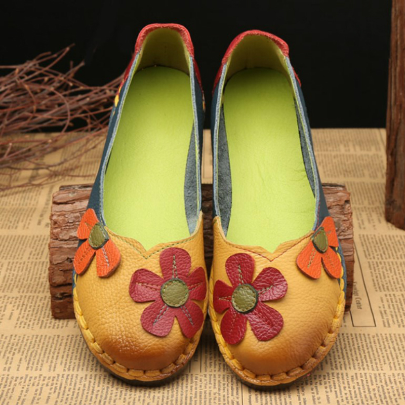 2017 New National Shallow Mouth Flat Shoes Women Genuine Leather Shoes Ladies Vintage Floral Flats Mother Sapato Feminino Shoes xiniu flats mother shoes women retro flat heel shallow mouth solid color casual shoes flat shoes genuine leather shoes fashion