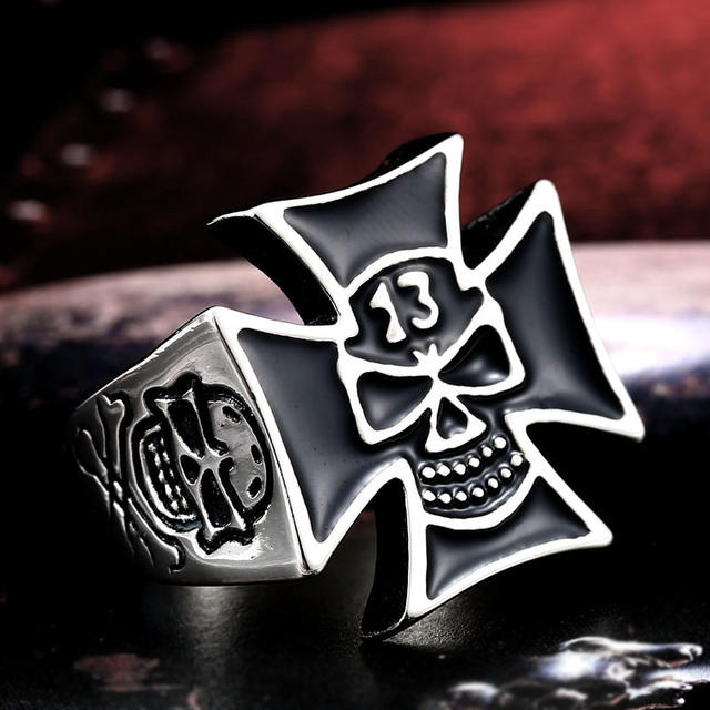 STAINLESS STEEL LUCKY 13 SKULL RINGS