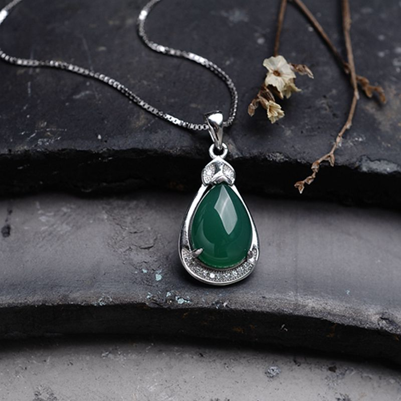 925 Sterling Silver Necklace Pendant Natural semi-precious stones green green chalcedony women jewelry girlfriend gift925 Sterling Silver Necklace Pendant Natural semi-precious stones green green chalcedony women jewelry girlfriend gift