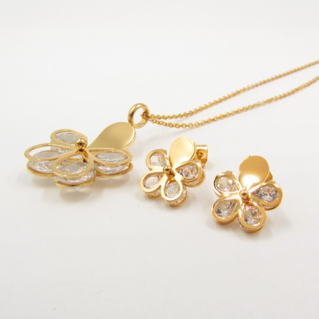 2017 1111 Fashion Creative Crystal Pendants Necklaces flower