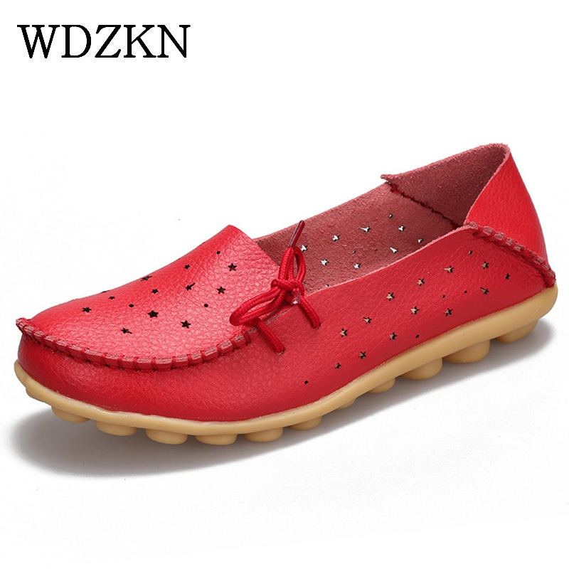 2017 Women Casual Shoes Soft Genuine Leather Slip On Flat Shoes Woman Loafer Nurse Peas Flats Moccasins P size 35-44  title=
