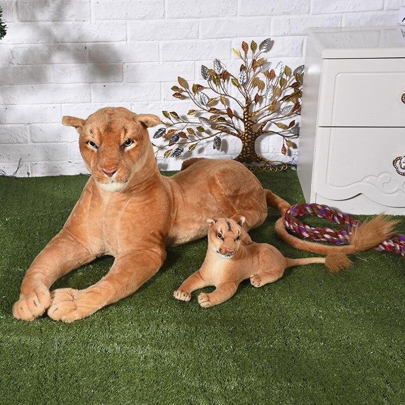 Grand lion femelle 95 cm et bébé 40 cm peluche jouet simulation lions sujette poupée douce cadeau d'anniversaire w0676