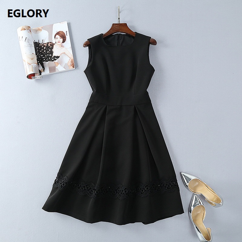 Womens High Quality Dress 2018 Spring Summer Clothes Woman Hollow Out Lace Embroidery Sleeveless a-line Tunic Party Black Dress