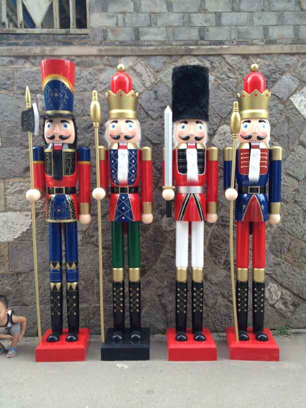Compare prices on nutcracker christmas decorations online for Acheter decoration noel