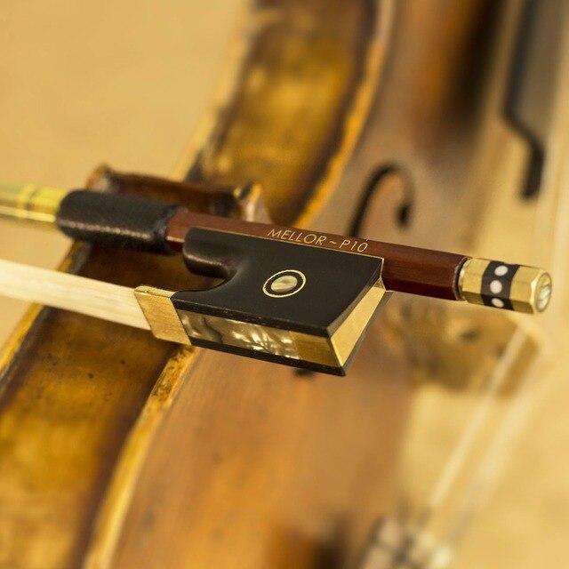 4/4 Tamanho Fino Crina Violin Bow Pernambuco Desempenho Naturais de Madeira De IPÊ P10 MELLOR Nível Profissional Violino Peças Acessórios