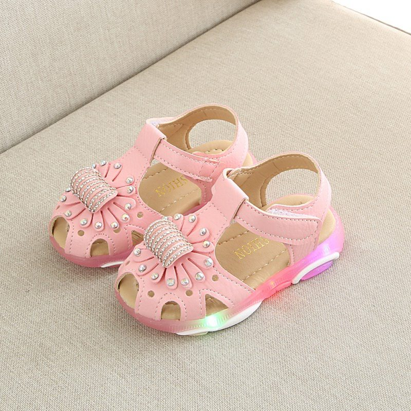 Baby Girls Shoes LED Light Sandals Beautiful Princess Flower Glowing Children Shoes Soft Sole Newborn Toddler Shoes 9M-6Y