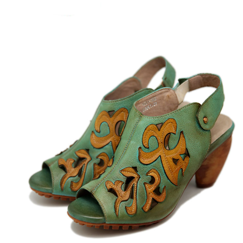 2017 nuovo di modo di estate di svago Scava fuori il modello di pelle bovina Dopo Che il peep toe belt loop 8 centimetri tacchi alti sandali di cuoio femminili-in Tacchi alti da Scarpe su  Gruppo 1