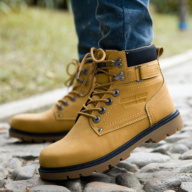 Fashion 2017 New Men Ankle Boots Lace Up Men Martin Boots Comfort Casual Male Outdoor Boots