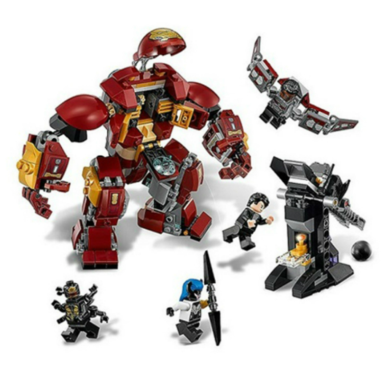 07102 420pcs Marvel Super Heroes Batman Iron Man Hulk Building Blocks Bricks Compatible with Legoe 76104 Brick Toy for Children 5 14y high quality boys thick down jacket 2016 new winter children long sections warm coat clothing boys hooded down outerwear