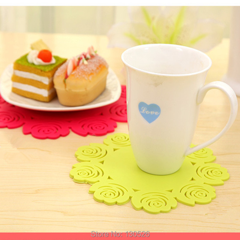 New Rose Shaped Silicone Coasters Antiskid Heat Pad Thicken Cup Mat Fashion Cute Placemat Tableware Kitchen Accessories