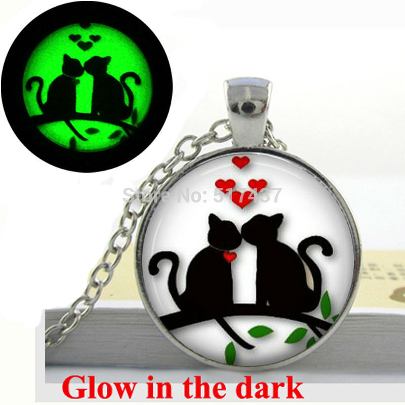 Glow in the dark Necklace Pendants,Hearts Cats on Tree Valentine Gift Necklace, Glass Ar ...