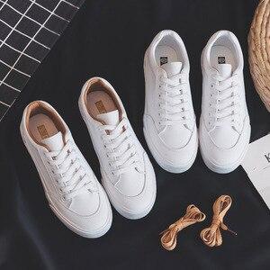 Image 1 - النساء أحذية رياضية أحذية من الجلد الربيع الاتجاه أحذية رياضية غير رسمية الإناث موضة جديدة الراحة الأبيض مبركن أحذية منصة