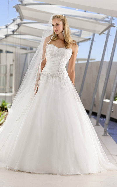 Free Shipping Gorgeous White / Ivory princess cut Organza ball gown ...