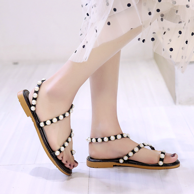 HKJL 2019 summer new Korean version pearl flat sandals women 39 s fashion outside wear shoes flat heel toe school shoes A261 in Low Heels from Shoes