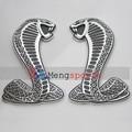50 Par 100 unids Serpiente Cobra Insignias Car Styling Side Grill Emblema