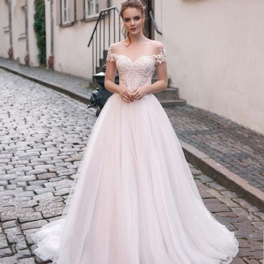 Scoop Tulle Neckline Splice Beading Lace Applique Short Sleeves A line Wedding Dress Sweep Train Lace