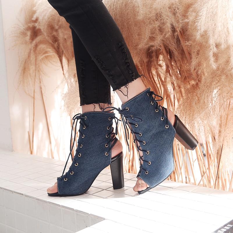 4cd019de5db Chaussures Sandales Carré Nouveau Blue D été Femmes Haute Lacets Liée 43 À  Tailles Des 2019 Blue Croix ...