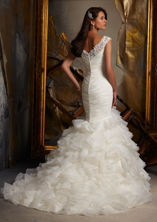 WE113 2013 Mermaid Tail Wedding Dress Bridal Gown Lebanon Designer Wedding  Dresses-in Wedding Dresses from Weddings   Events on Aliexpress.com  3c72d27a3174