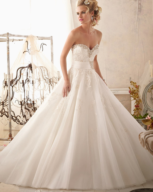 Amdml New Special Princess A-Line Wedding Dresses 2017 Classic Beaded Crystal Sweetheart Line Cathedral Train Bridal Gowns