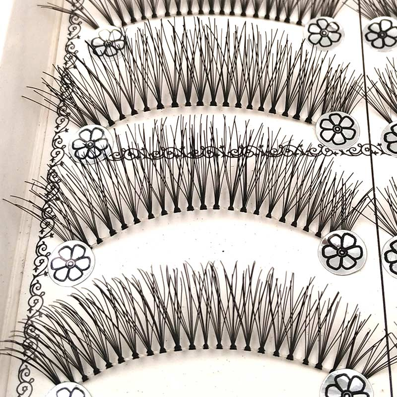SHIDISHANGPIN 10 Pairs False Eyelashes Natural Long Makeup Lashes Synthetic Hair Eyelash Extension 1 Box Wispies Eyelashes L11