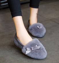 Free shipping autumn and winter plush rabbit hair bow shoes flat shoes Peas shoes plus velvet