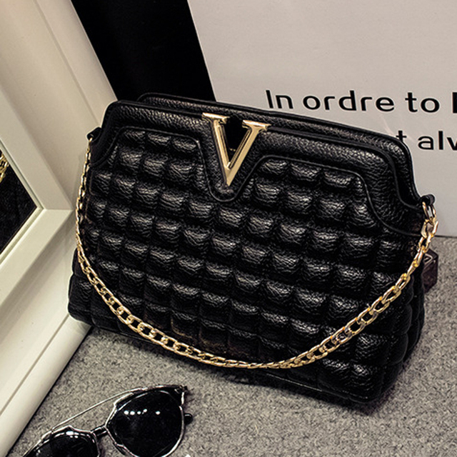 Women Quilted Leather Crossbody Chain Shoulder Bag Lady's Designer Luxury Handbag Metal Color Golden, Silver and Black -A