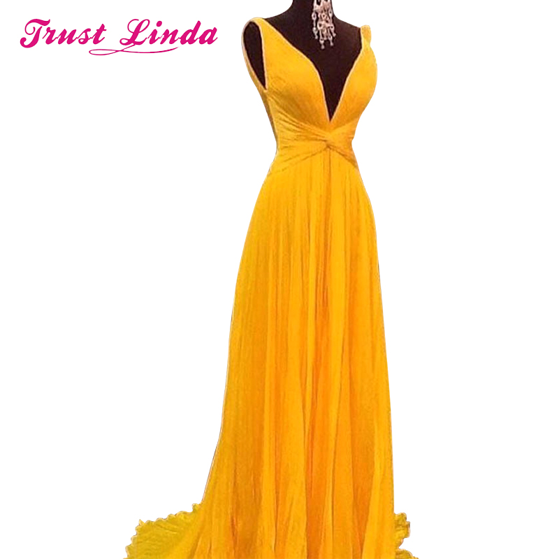 купить  NEW Sexy Backless A Line Bridesmaid Dresses Vibrant Yellow Chiffon Long Women Prom Dress Vestido De Festa Customized Party Gown по цене 373.99 рублей