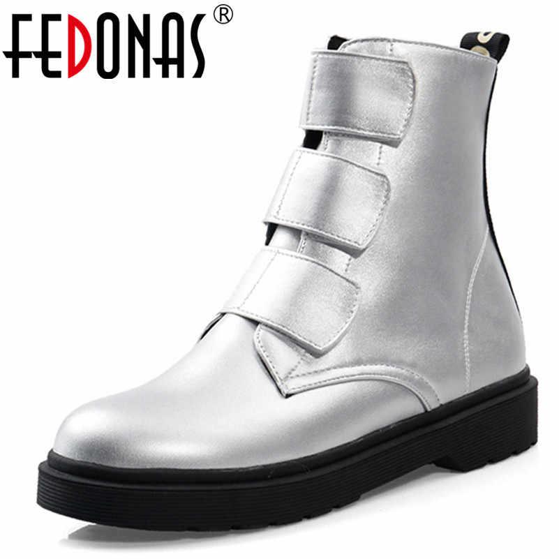 FEDONAS Sentetik Kadınlar Sıcak Kış yarım çizmeler Yuvarlak Ayak Med Topuklu Batı Botları Yeni Punk Büyük Boy Parti Gece Kulübü Ayakkabı kadın