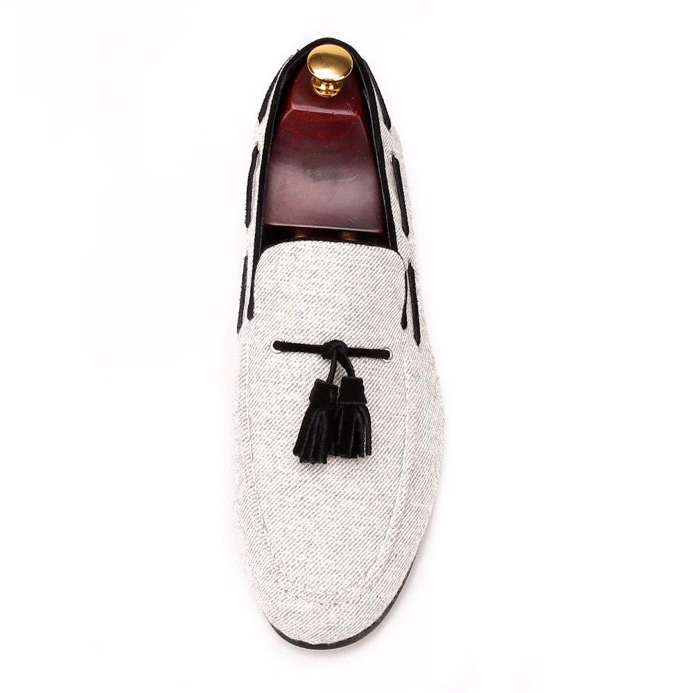 De 2018 Terciopelo Tamaño Negro Y Fumar Moda Hombres Zapatillas Partido Del Los Hechos Mano Piergitar Zapatos Gris Loafer Borla Ee Masculina A Boda 17 4 uu fR0qqd