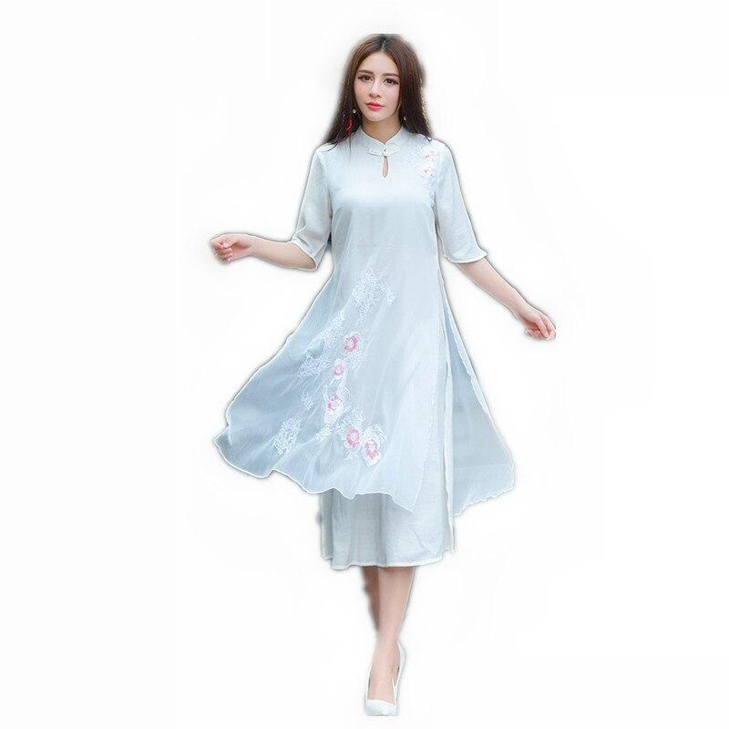 Смотреть бесплатно в белом платье без белья фото 601-54
