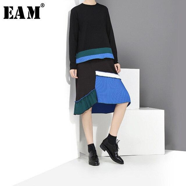 [EAM] 2020 جديد الربيع الصيف الرقبة المستديرة طويلة الأكمام الأسود هيم الأزرق مطوي خياطة فستان فضفاض المرأة المد الموضة JH442