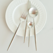 Portugal, the same section of the wire drawing fog, knife and fork spoon dessert dessert spoon retro classical Silver