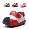 Bebé ocasionales zapatillas niñas niños zapatillas suaves del bebé del niño alta calidad de cuero de vaca de bebé de moda niña zapatillas de deporte