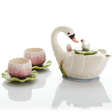 Ceramic small Kung Fu tea set coffee maker coffee cup dish Valentines Day gift teapot tea cup Swan LakeCeramic small Kung Fu tea set coffee maker coffee cup dish Valentines Day gift teapot tea cup Swan Lake