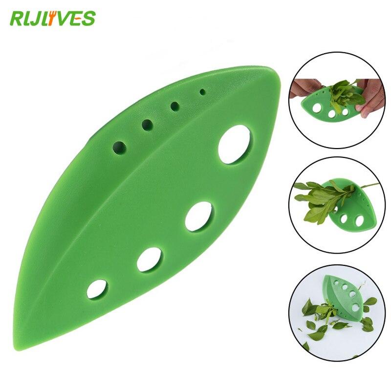 RLJLIVES 1 Pc Vegetables Rosemary Thyme Cabbage Leaf Stripper Plastic Greens Herb Stripper Looseleaf Rosemary Kitchen Gadgets