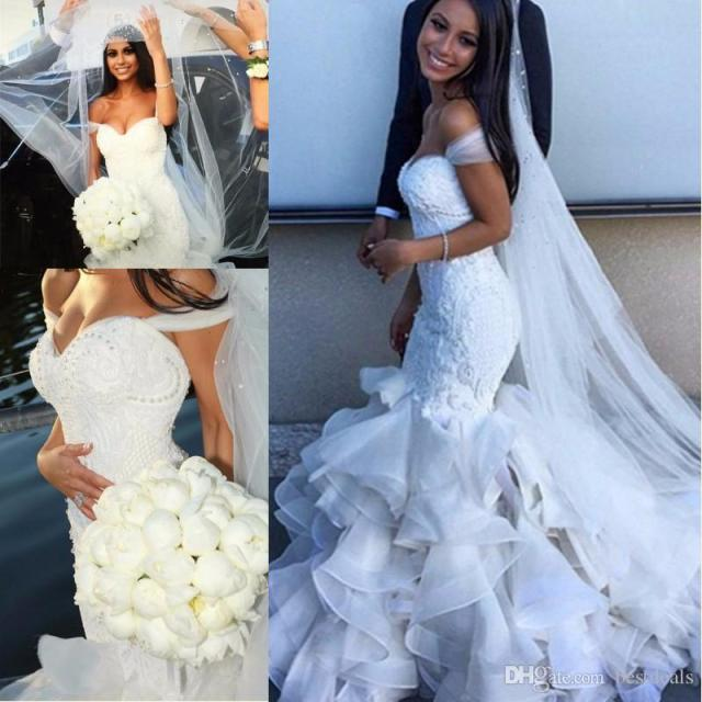 2017 Vestido De Noiva Chapel Train Bridal Gowns Pearls Beaded Lace Bodice Ruffles Sweetheart Mermaid Wedding Dresses WM112