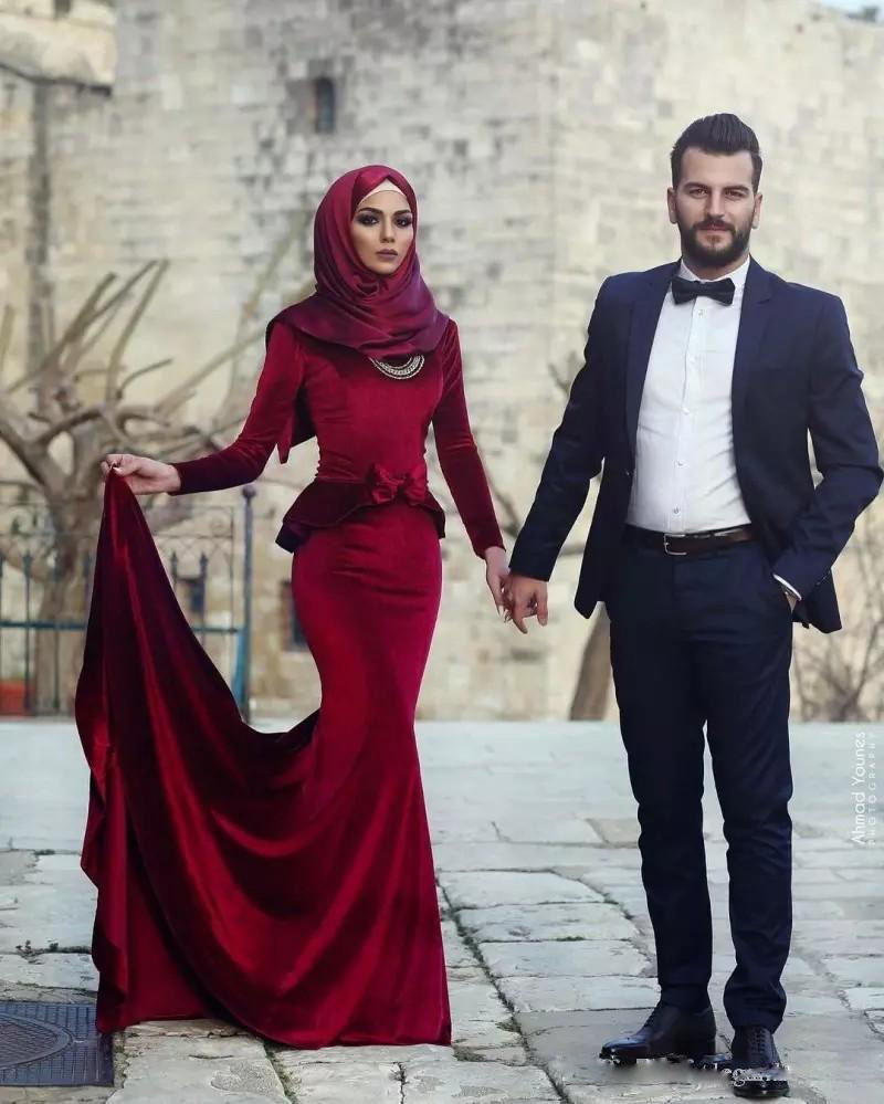 3-1              New Arrival Said Mhamad Cascading Ruffles Muslim Long Mermaid Prom Dresses 2018 Velvet Pleats Long Sleeves Evening Party Gowns Custom