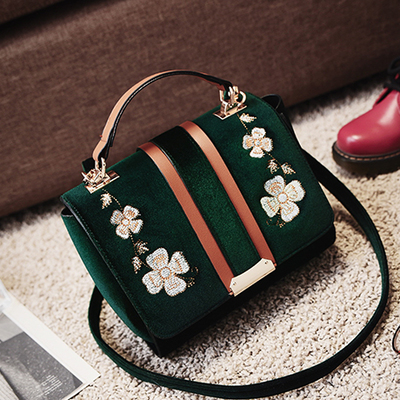 ФОТО 2017 famous brand design women tote bags casual velvet shoulder bags fashion Retro Embroidery women handbags Small Flap bags