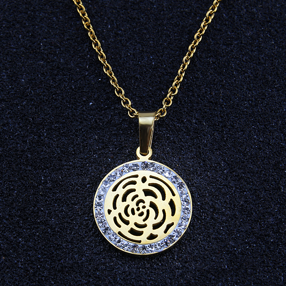 Fashion Necklace Women Noble Style Round Crystal Necklaces Pendants Charms Beautiful Women Crystal Choker Necklace Body Jewelry