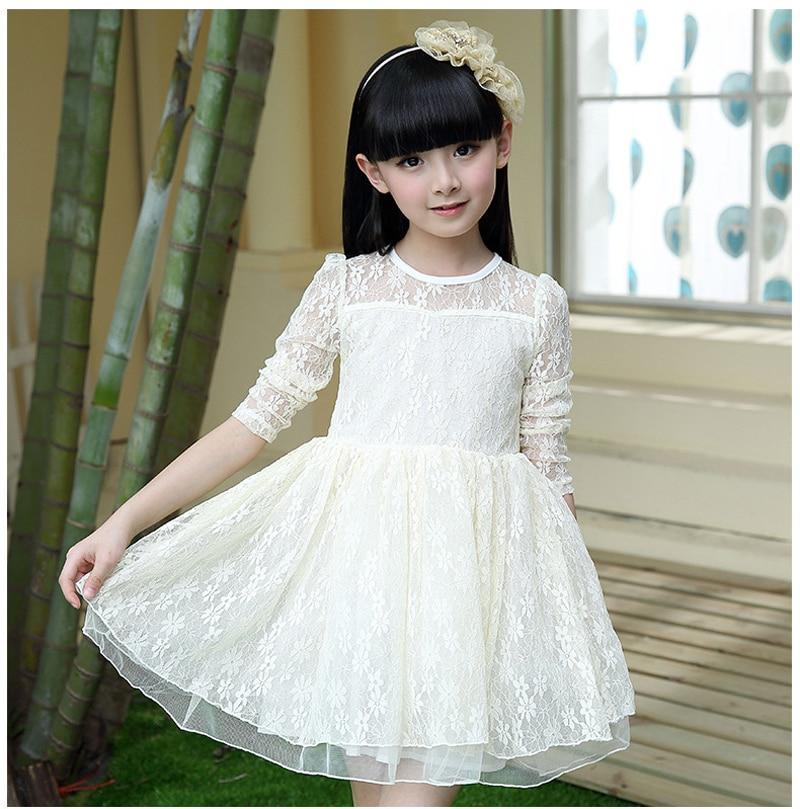 Les robes blanches pour fillettes