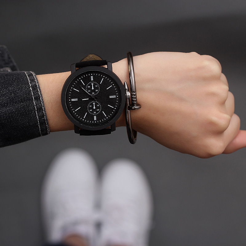 Hot Sale Women Bracelet Watch Female Quartz Women Watches Fashion Clock Ladies Watch Waterproof Vintage Watch Two Small Dials